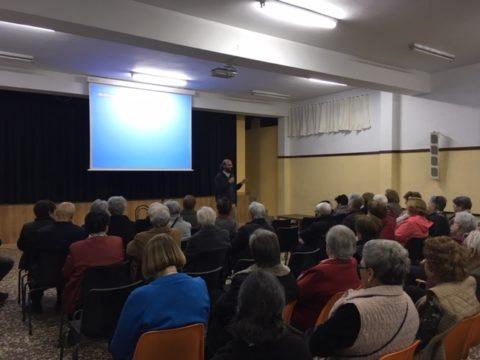 Presentación en la iglesia de San Pedro Apóstol del 33 Encuentro Internacional de Oración por la Paz